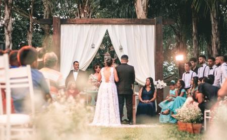 結婚式で笑顔